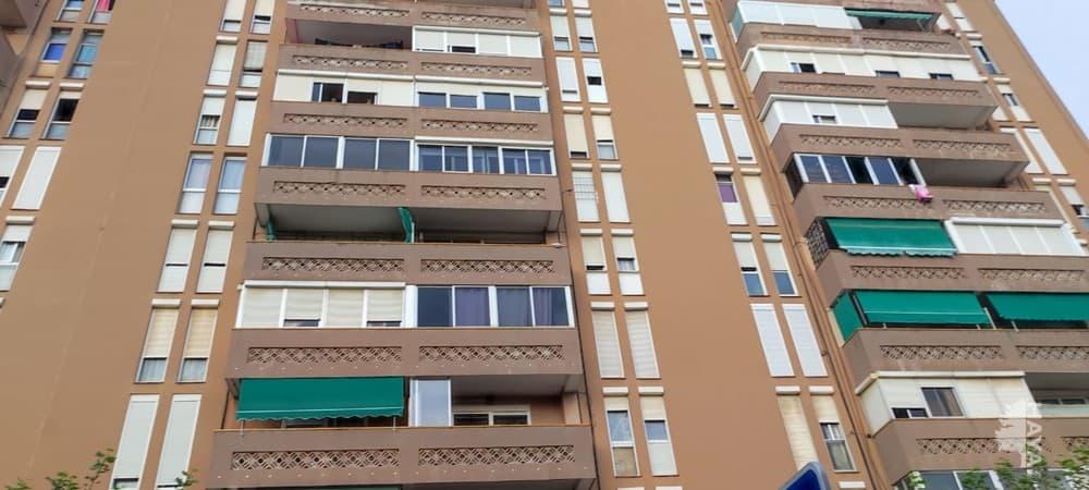 Piso en venta en Santa Margarida I Els Monjos, Santa Margarida I Els Monjos, Barcelona, Avenida Mas Catarro, 87.500 €, 3 habitaciones, 1 baño, 67 m2