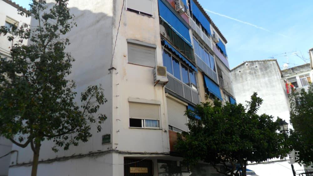 Piso en venta en Los Boliches, Fuengirola, Málaga, Calle Valladolid, 65.000 €, 1 baño, 66 m2