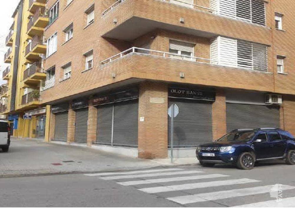 Local en venta en Can Moca, Olot, Girona, Calle Hipòlit Lázaro, D, 219.400 €, 278 m2