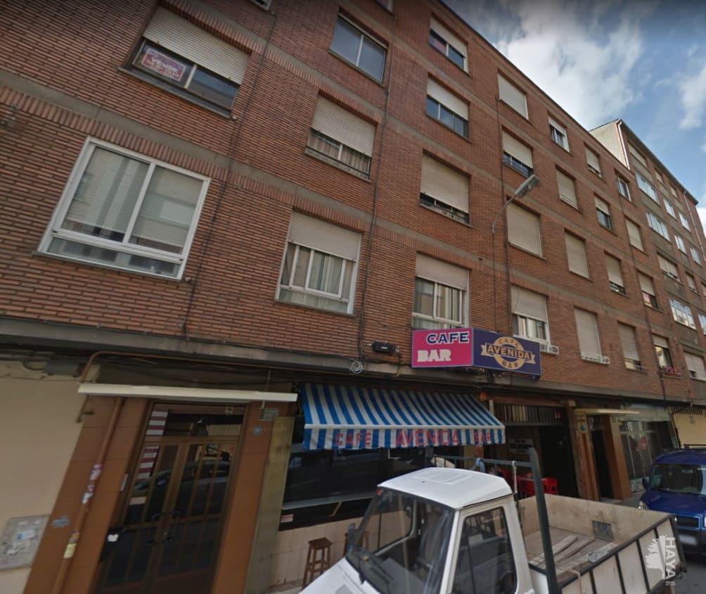 Piso en venta en Ponferrada, León, Avenida Plata Fs, 52.100 €, 3 habitaciones, 1 baño, 96 m2