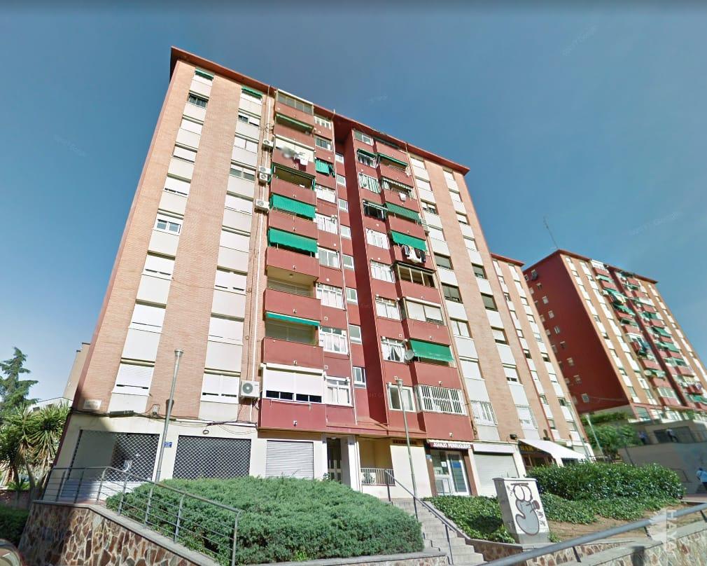 Piso en venta en Badalona, Barcelona, Avenida America, 130.900 €, 3 habitaciones, 1 baño, 77 m2