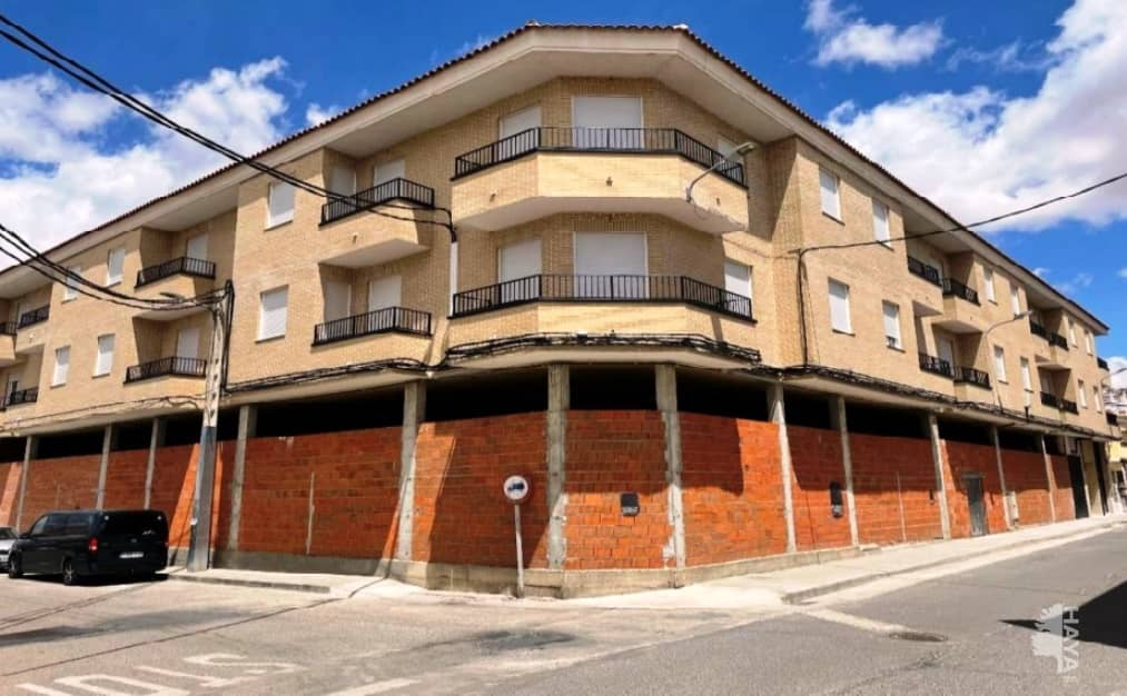 Piso en venta en Mora, Toledo, Avenida Olivo, 100.400 €, 2 habitaciones, 2 baños, 100 m2