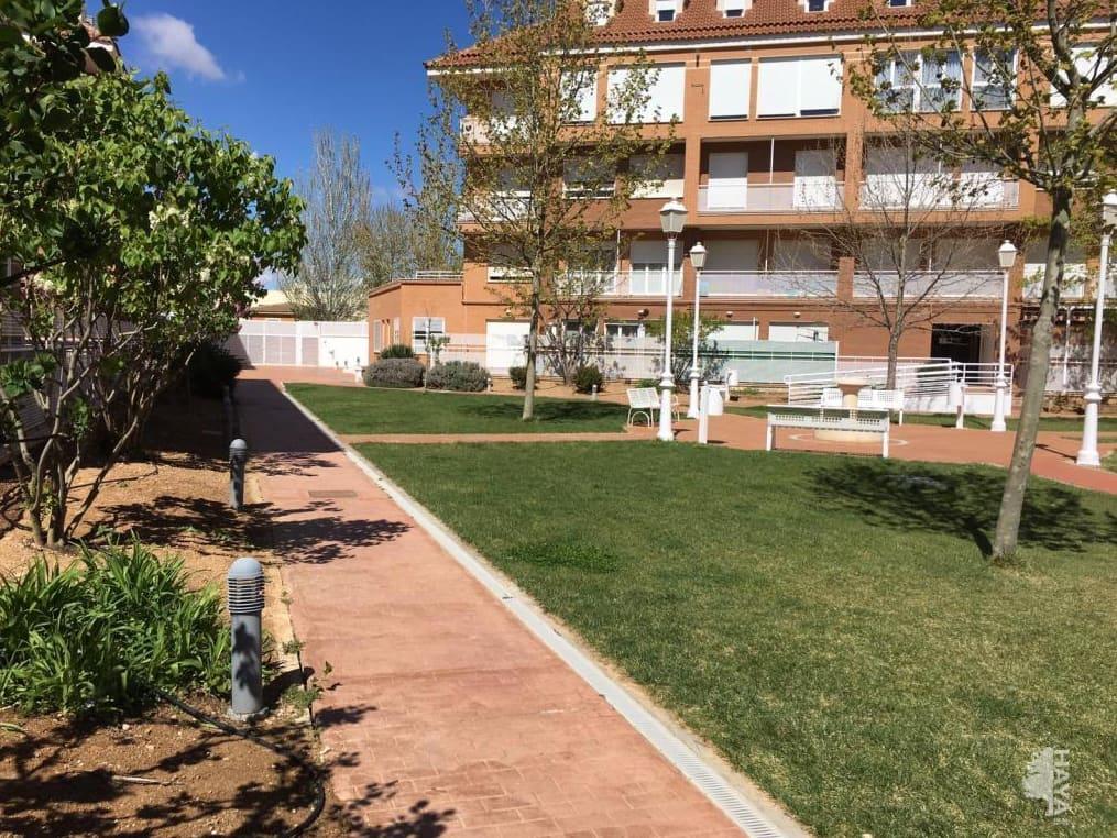 Piso en venta en Tarancón, Cuenca, Avenida Adolfo Suarezs, 105.000 €, 3 habitaciones, 2 baños, 118 m2