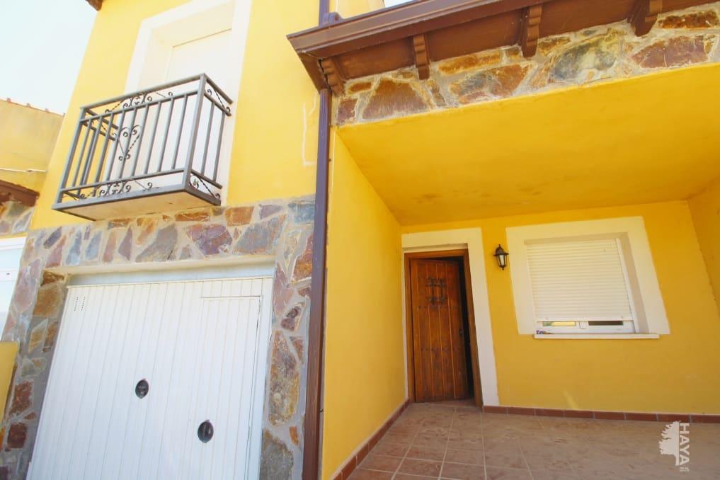 Casa en venta en Espinosa de Henares, Espinosa de Henares, Guadalajara, Calle Olmo, 104.370 €, 4 habitaciones, 3 baños, 147 m2