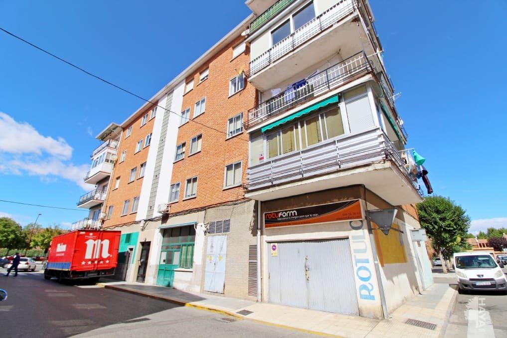Piso en venta en Azuqueca de Henares, Guadalajara, Calle Santiago Ferrer, 70.200 €, 4 habitaciones, 1 baño, 82 m2