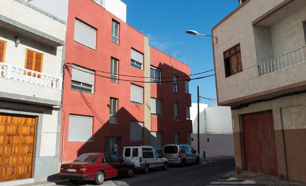 Piso en venta en Arucas, Las Palmas, Calle Hermanas Manrique, 50.500 €, 1 habitación, 52 m2