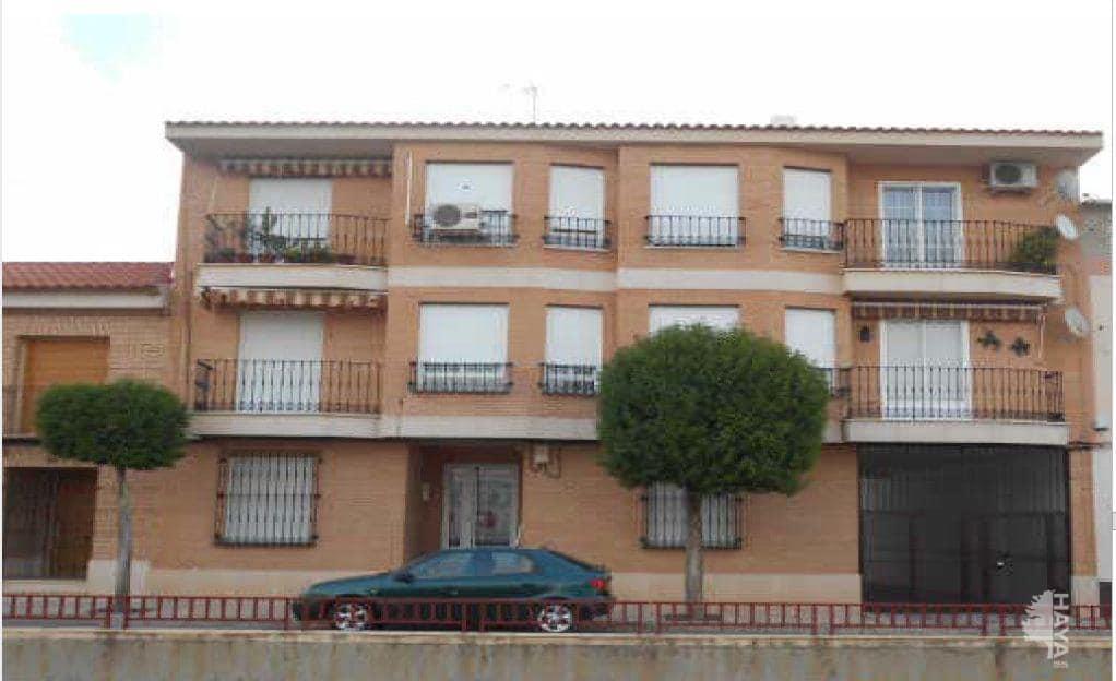 Piso en venta en Manzanares, Ciudad Real, Calle Jesus del Perdon, 65.700 €, 3 habitaciones, 1 baño, 105 m2