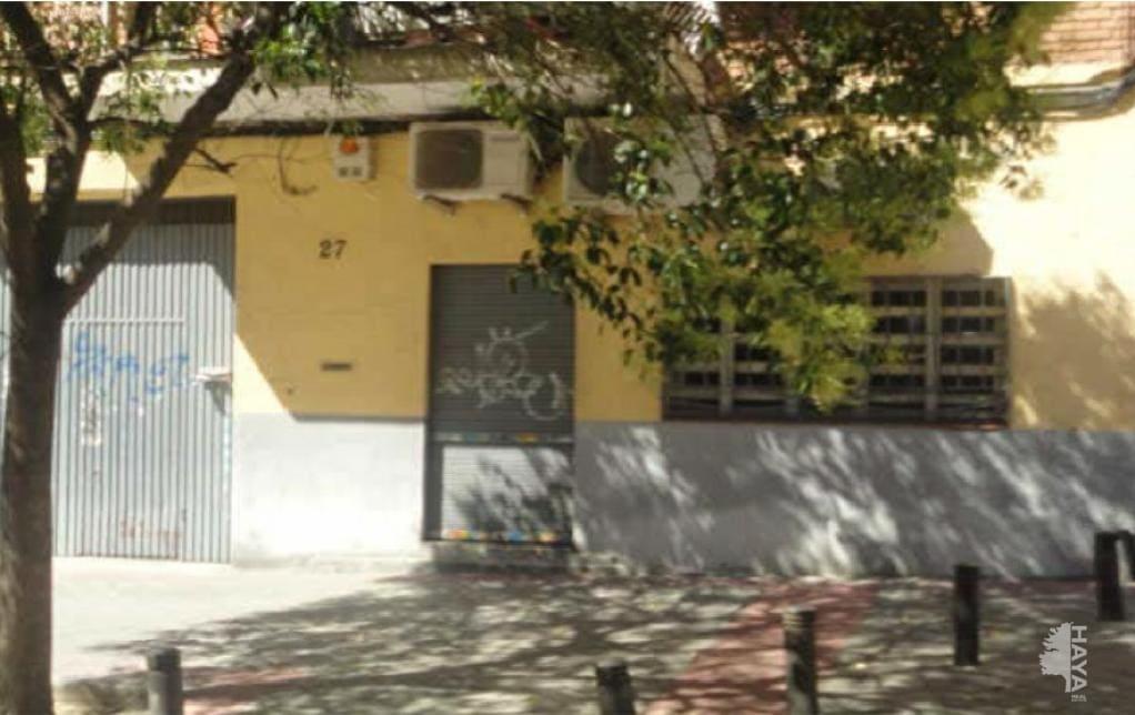 Local en venta en Puente de Vallecas, Madrid, Madrid, Calle Enrique Velasco, 117.700 €, 146 m2