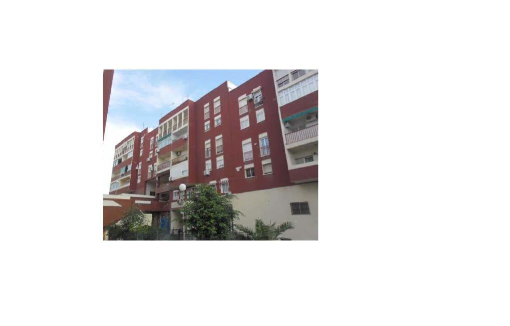 Piso en venta en Villa Blanca, Almería, Almería, Calle Chercos, 77.600 €, 3 habitaciones, 2 baños, 90 m2