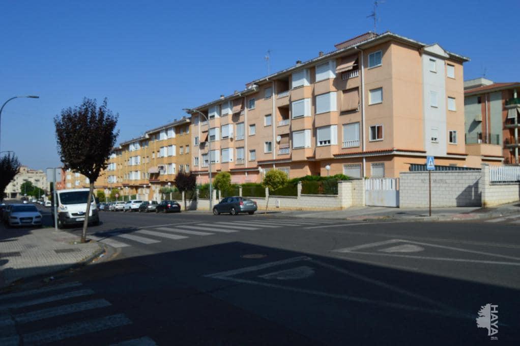 Piso en venta en Mérida, Badajoz, Calle Jorge Guillen, 119.800 €, 3 habitaciones, 2 baños, 87 m2