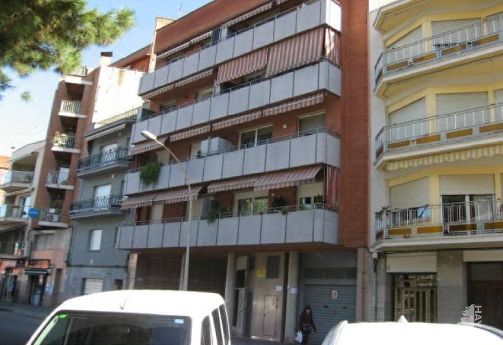 Piso en venta en Montcada I Reixac, Barcelona, Calle Jaume I, 171.400 €, 4 habitaciones, 1 baño, 92 m2