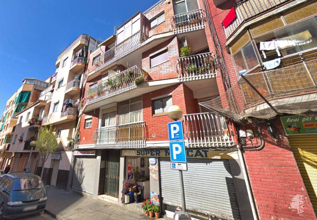 Piso en venta en La Salut, Badalona, Barcelona, Calle Calderon de la Barca, 79.400 €, 1 baño, 71 m2