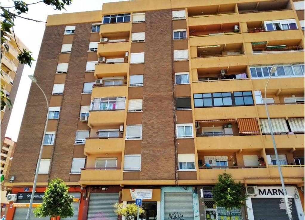 Piso en venta en Valencia, Valencia, Calle Santiago Rusiñol, 71.300 €, 3 habitaciones, 2 baños, 108 m2