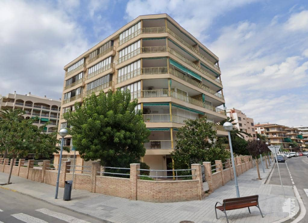 Local en venta en La Pineda, Vila-seca, Tarragona, Calle Isaac Albeniz (d), 168.800 €, 353 m2
