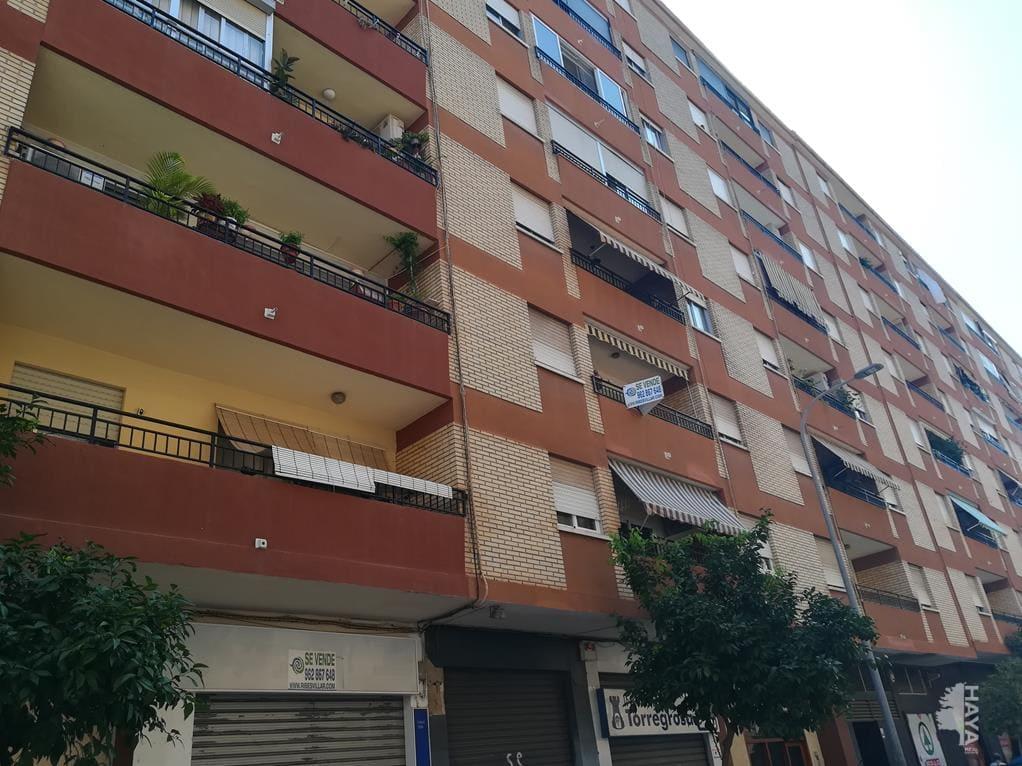 Piso en venta en Gandia, Valencia, Calle Pintor Joan de Joanes, 109.929 €, 4 habitaciones, 2 baños, 137 m2