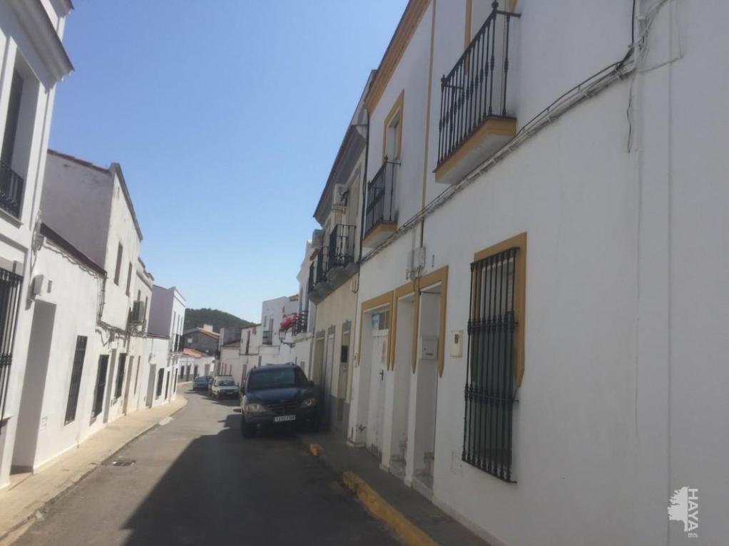 Casa en venta en Los Santos de Maimona, los Santos de Maimona, Badajoz, Calle Montecorto, 95.890 €, 3 habitaciones, 2 baños, 126 m2