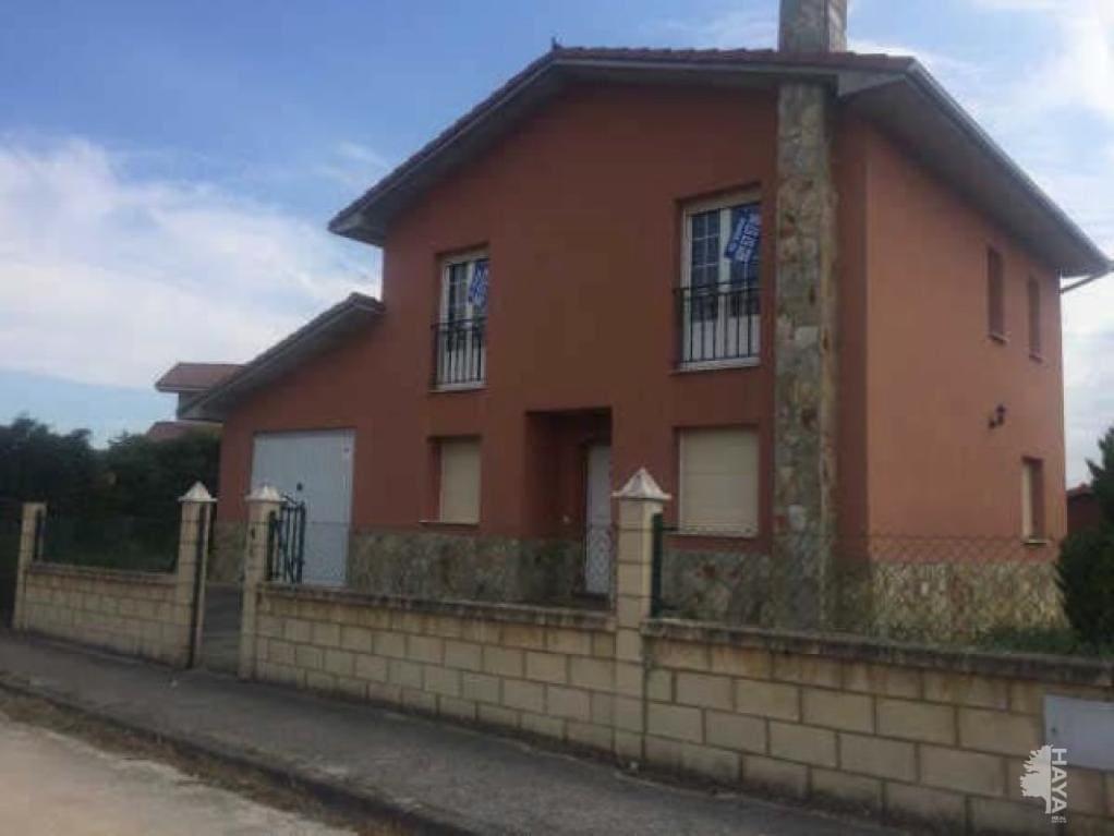 Casa en venta en Valle de Losa, Burgos, Calle Olma, 113.500 €, 3 habitaciones, 2 baños, 158 m2