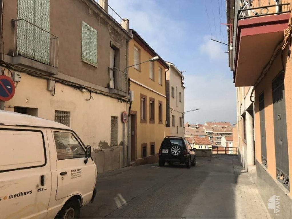 Piso en venta en La Font Dels Capellans, Manresa, Barcelona, Pasaje Tossal del Coro, 39.800 €, 2 habitaciones, 1 baño, 55 m2