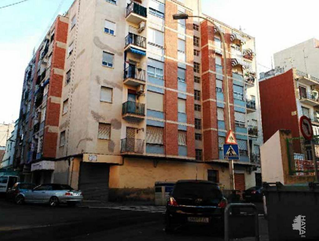 Piso en venta en Grupo San Pedro, Castellón de la Plana/castelló de la Plana, Castellón, Calle Trafalgar, 26.200 €, 3 habitaciones, 1 baño, 66 m2