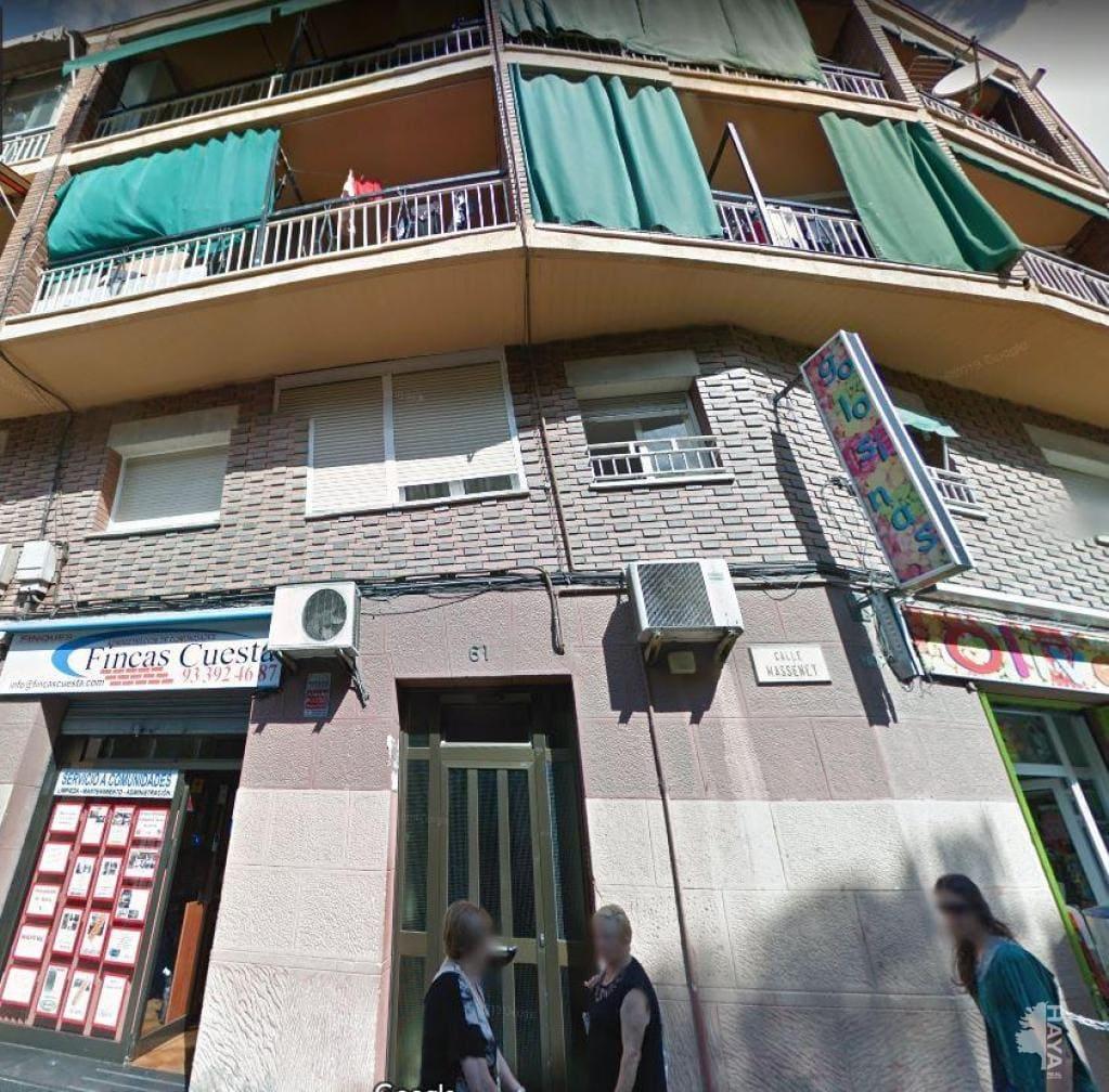 Piso en venta en Santa Coloma de Gramenet, Barcelona, Calle Massenet, 114.700 €, 3 habitaciones, 1 baño, 73 m2