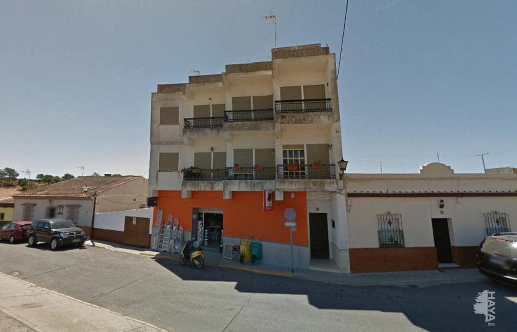 Piso en venta en Isla Cristina, Huelva, Calle Trasera Ermita, 56.600 €, 3 habitaciones, 1 baño, 191 m2