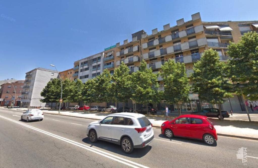 Piso en venta en Salt, Girona, Pasaje Paisos Catalans, 115.200 €, 3 habitaciones, 2 baños, 89 m2