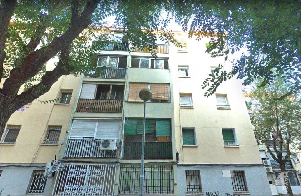 Piso en venta en Sant Roc, Badalona, Barcelona, Calle Sta Joana Lestonnac, 92.300 €, 3 habitaciones, 1 baño, 56 m2