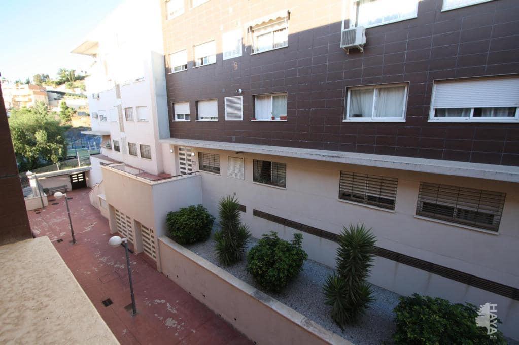Piso en venta en Rincón de la Victoria, Málaga, Calle Chile, 65.228 €, 2 habitaciones, 1 baño, 77 m2