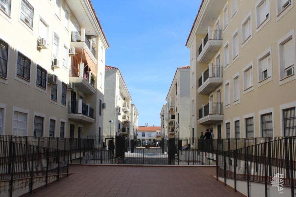 Piso en venta en La Algaba, Sevilla, Calle Francisco Molina Moral, 122.200 €, 3 habitaciones, 2 baños, 84 m2