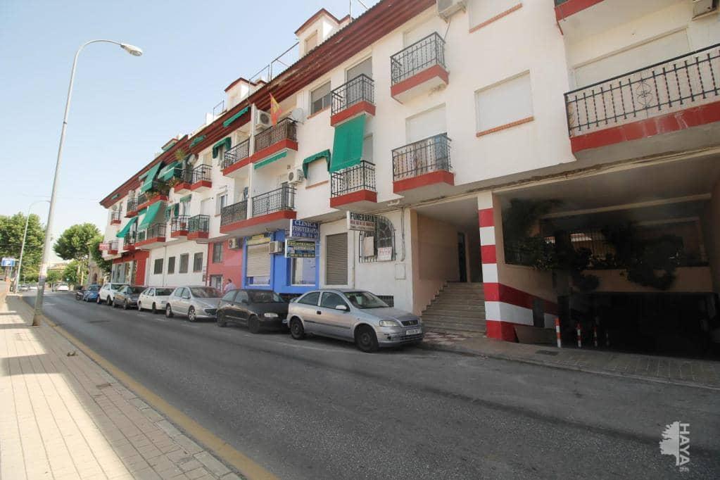 Piso en venta en Huétor Vega, Granada, Plaza Iglesia (de La), 90.400 €, 3 habitaciones, 2 baños, 76 m2