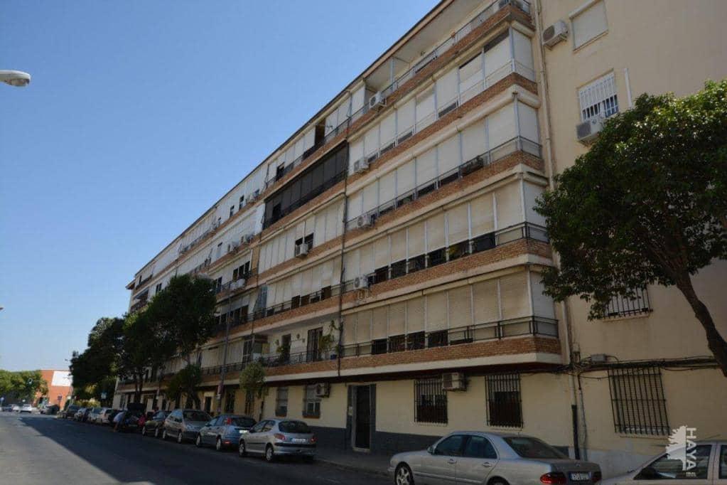Piso en venta en Distrito Este-alcosa-torreblanca, Sevilla, Sevilla, Calle Ciudad de Alfafar, 80.200 €, 3 habitaciones, 1 baño, 89 m2
