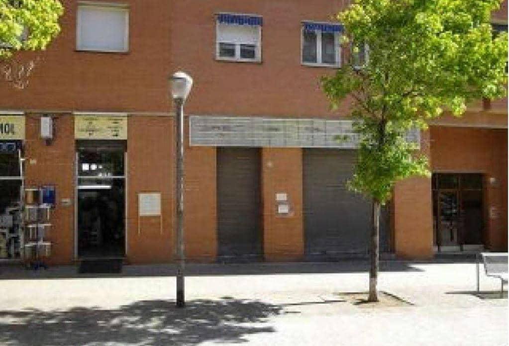 Local en venta en Sabadell, Barcelona, Avenida Matadepera, 104.100 €, 128 m2