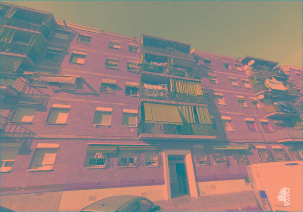 Piso en venta en Sabadell, Barcelona, Calle Ramon Jove, 66.000 €, 3 habitaciones, 2 baños, 81 m2