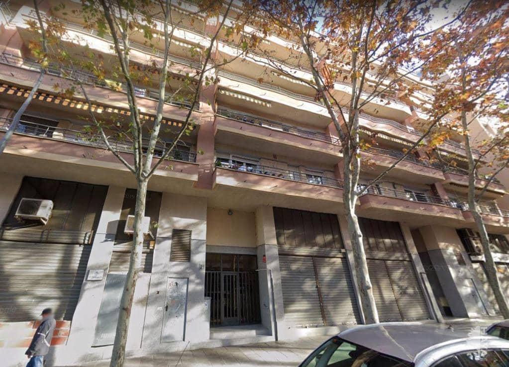 Local en venta en Terrassa, Barcelona, Pasaje Joan Miro, 102.000 €, 155 m2