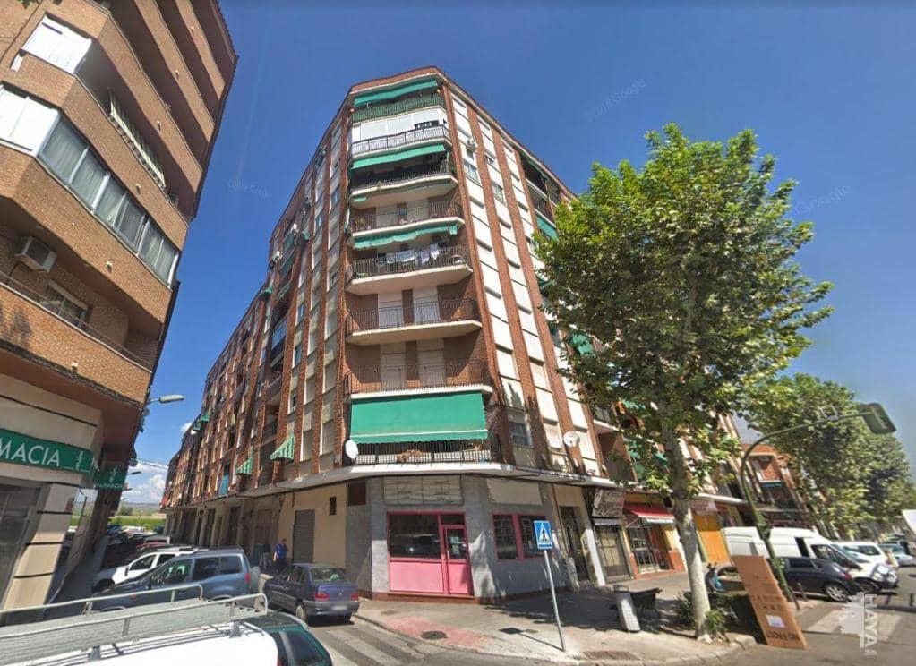 Piso en venta en Barrio de Santa Maria, Talavera de la Reina, Toledo, Calle Pepino, 59.170 €, 3 habitaciones, 1 baño, 84 m2