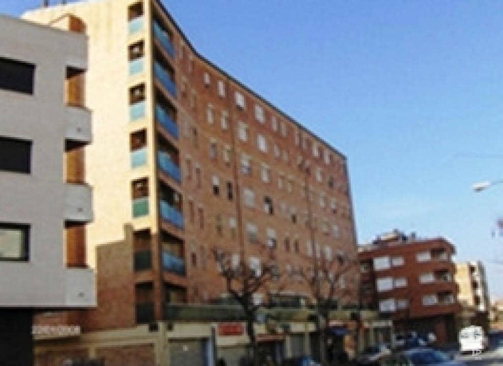 Piso en venta en La Bordeta, Lleida, Lleida, Calle Sant Agusti, 62.900 €, 3 habitaciones, 1 baño, 87 m2