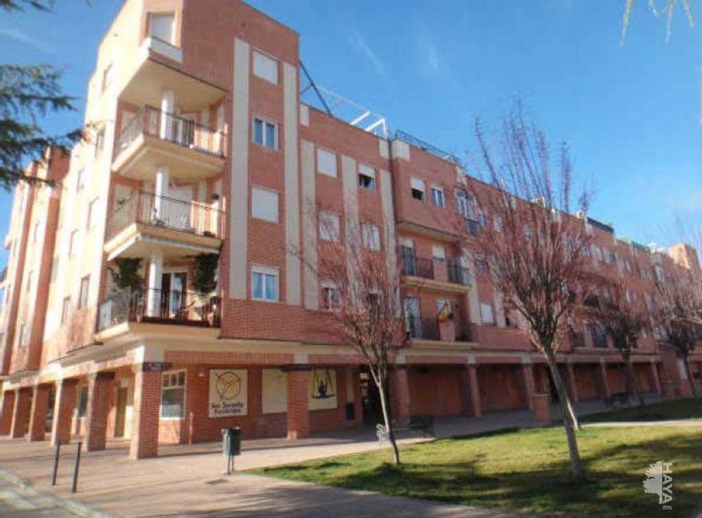 Local en venta en Arévalo, Ávila, Plaza Sauces (de Los), 162.000 €, 96 m2