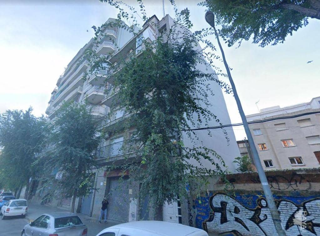 Local en venta en Sant Mori de Llefià, Badalona, Barcelona, Plaza Trafalgar, 163.600 €, 126 m2