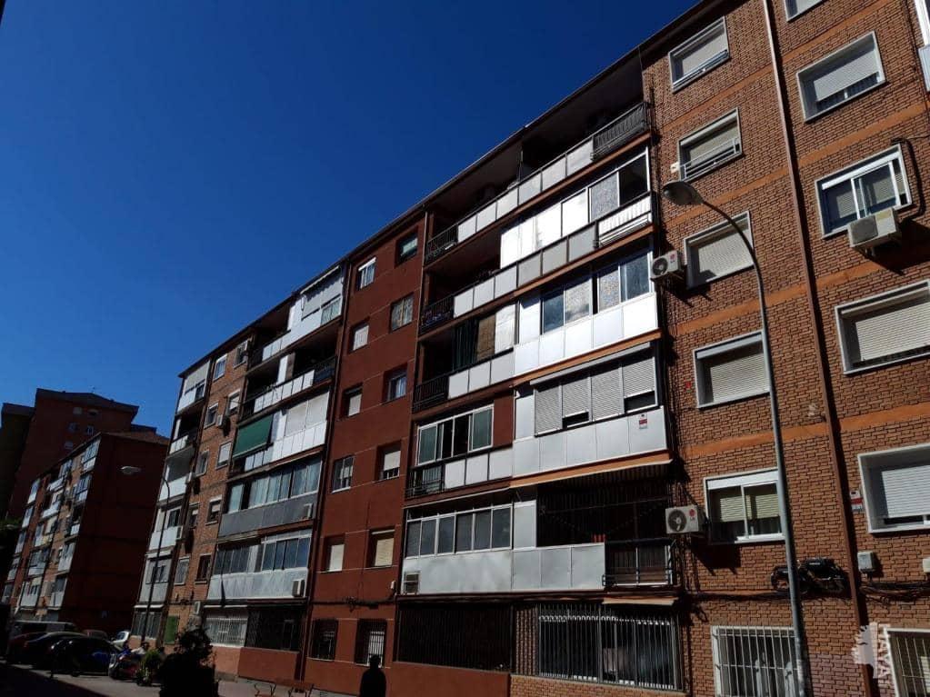 Piso en venta en Alcalá de Henares, Madrid, Calle Arzobispo Carrillo, 68.000 €, 3 habitaciones, 1 baño, 63 m2