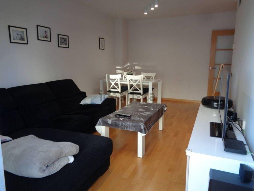 Piso en venta en Esquibien, Vilafranca del Penedès, Barcelona, Calle Mossen Trens, 187.000 €, 3 habitaciones, 2 baños, 98 m2
