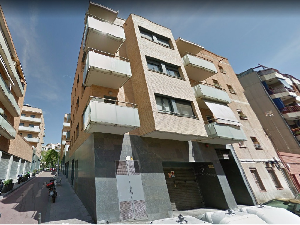 Local en venta en Barcelona, Barcelona, Calle Via Favencia, 101.000 €, 107 m2