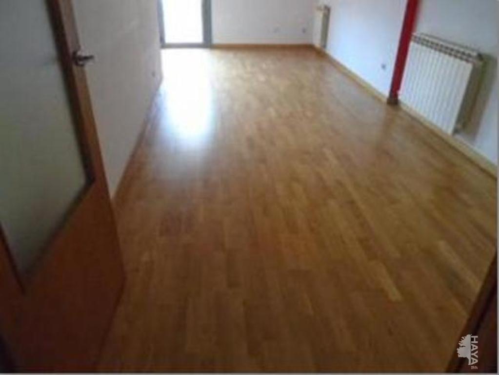 Piso en venta en Terrassa, Barcelona, Pasaje Vint-i-dos de Juliol, 148.800 €, 2 habitaciones, 1 baño, 73 m2