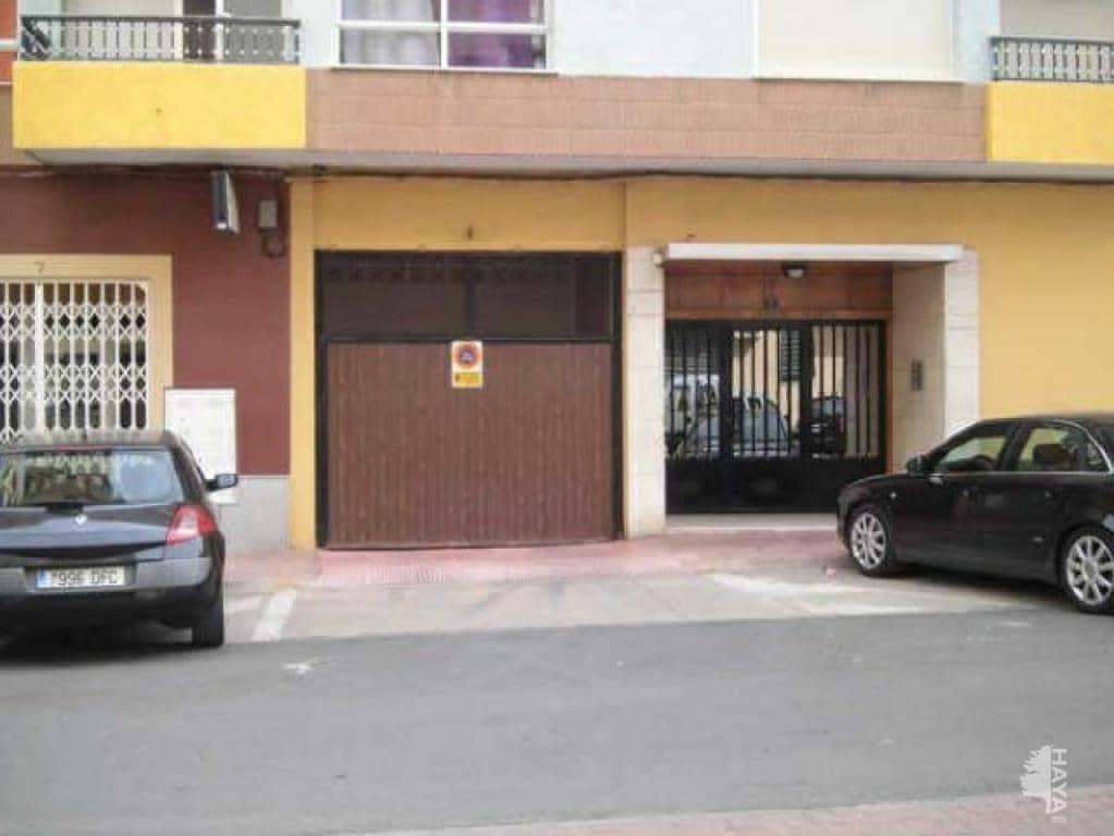 Parking en venta en Alginet, Valencia, Avenida 9 de Octubre, 11.200 €, 23 m2