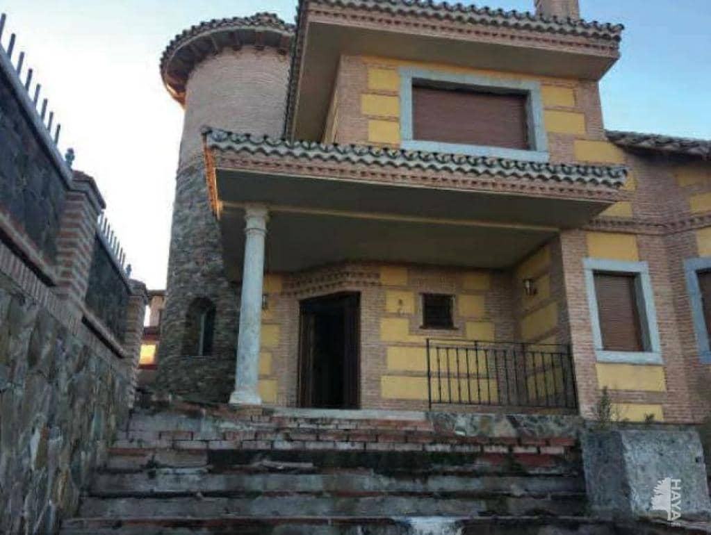 Casa en venta en El Coto, El Casar, Guadalajara, Avenida Bruselas, 251.000 €, 3 habitaciones, 3 baños, 478 m2
