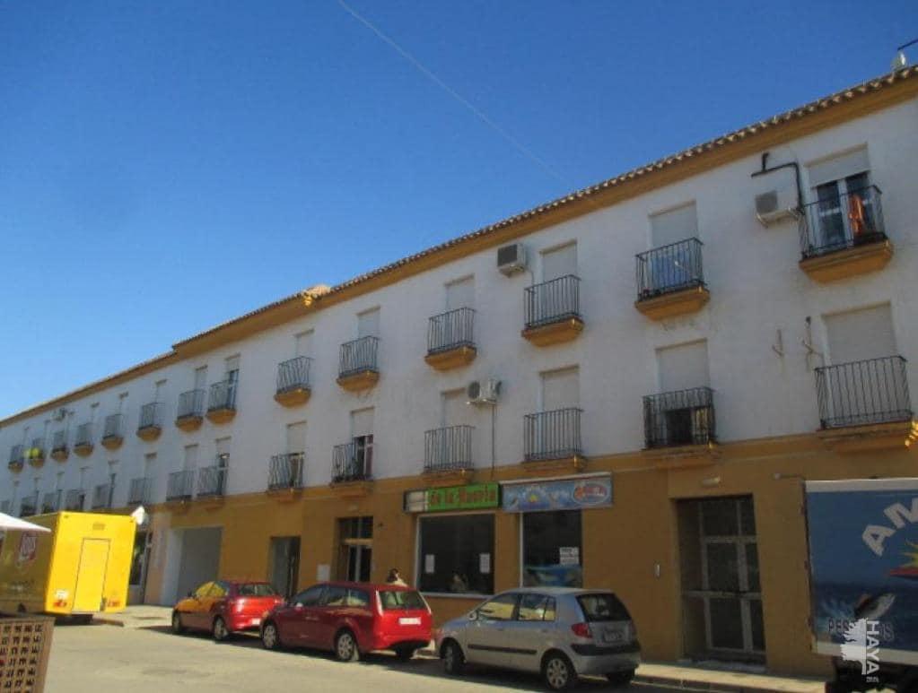 Piso en venta en Benalup-casas Viejas, Cádiz, Calle Barbate, 46.600 €, 2 habitaciones, 1 baño, 58 m2