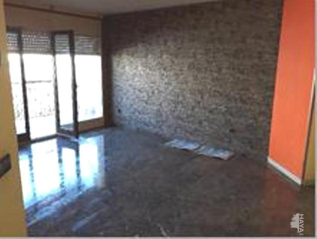 Piso en venta en Salt, Girona, Calle Tres de Març, 69.768 €, 3 habitaciones, 1 baño, 74 m2