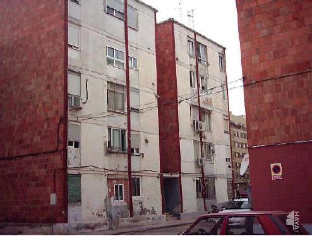 Piso en venta en Grupo San Vicente Ferrer, Castellón de la Plana/castelló de la Plana, Castellón, Calle San Juan, 16.200 €, 2 habitaciones, 1 baño, 53 m2