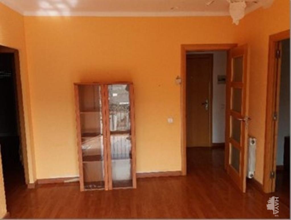 Piso en venta en Ganix, Llagostera, Girona, Calle Consellers, 65.100 €, 3 habitaciones, 1 baño, 74 m2