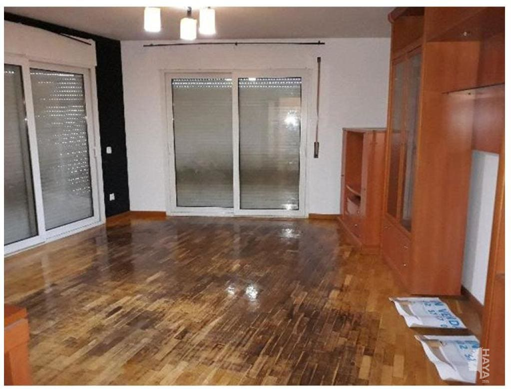 Piso en venta en Salt, Girona, Pasaje Paisos Catalans, 93.593 €, 4 habitaciones, 2 baños, 106 m2