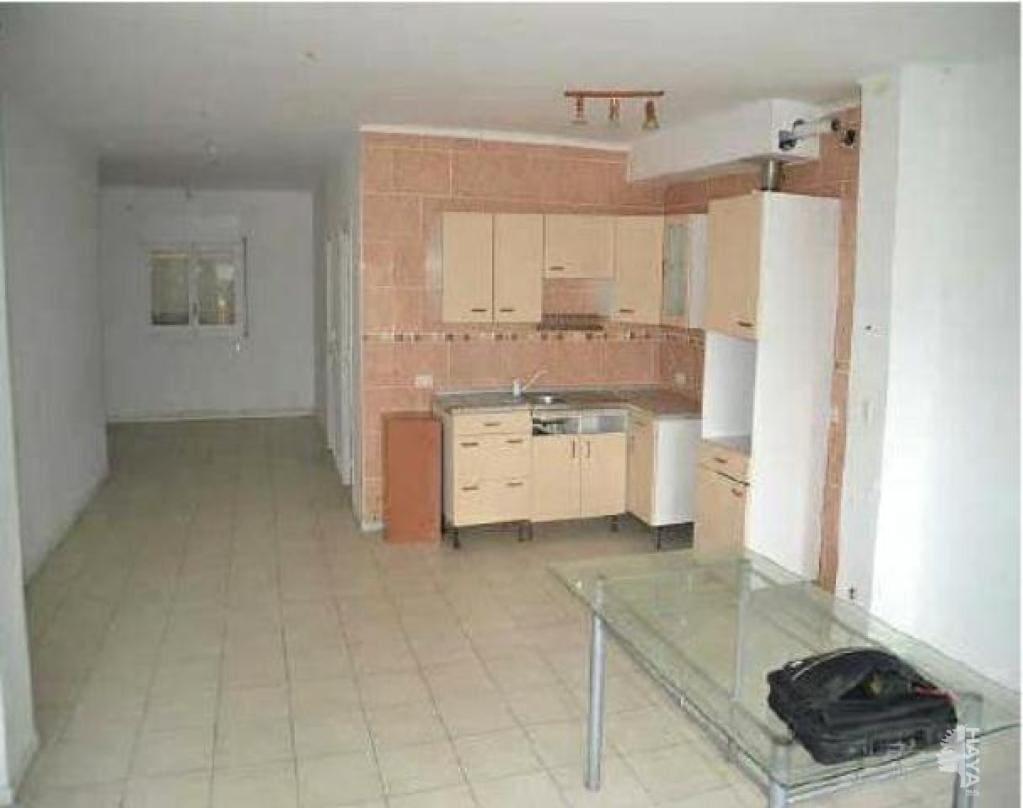Piso en venta en Llançà, Girona, Avenida Europa, 111.860 €, 3 habitaciones, 1 baño, 74 m2